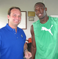 Jörn Follmer mit Sprint-Superstar Usain Bolt - WR und 'TripleTriple' Goldmedaillengewinner 2008, 2012, 2016 ; beim Training in Kingston